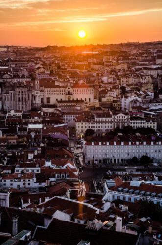 Lissabon met ondergaande zon