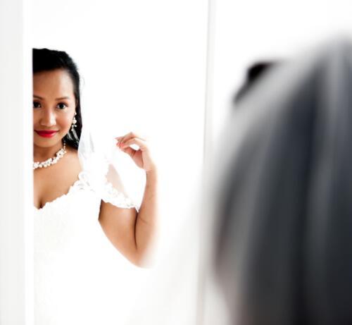 Bruid in spiegel